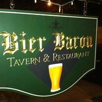 4/6/2012 tarihinde Luke N.ziyaretçi tarafından Bier Baron Tavern'de çekilen fotoğraf