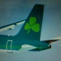 Foto diambil di Aer Lingus Lounge oleh Steve T. pada 5/3/2012
