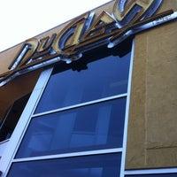 Photo prise au DuClaw Brewing Company par Jonathan J. le6/30/2012