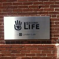 Foto diambil di Linden Lab oleh Ofer R. pada 6/6/2012