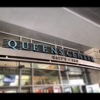 Foto tomada en Centro de Queens por Larry H. el 8/16/2012