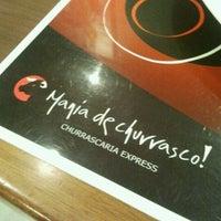 Foto tirada no(a) Mania de Churrasco por Tiago A. em 9/10/2011