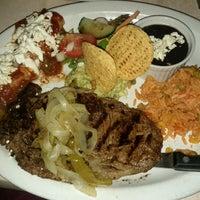 Foto diambil di Los Amates Mexican Kitchen oleh Sebastian B. pada 11/26/2011