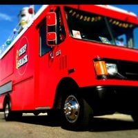 Photo prise au Chef Shack @ Foodtruckcourt par Chef Shack/ C. le8/28/2011