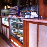 Foto tomada en Cafe Bressan por Neemias F. el 10/9/2011