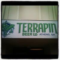 10/13/2011にTerrell S.がTerrapin Beer Co.で撮った写真