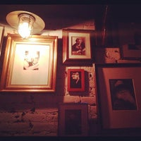 รูปภาพถ่ายที่ Dorian Gray NYC โดย Noah L. เมื่อ 11/11/2011