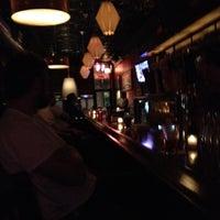 6/13/2012에 Oscar R.님이 Easy Bar에서 찍은 사진