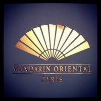 Photo prise au Mandarin Oriental Paris par Thomas L. le7/17/2012