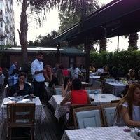 Das Foto wurde bei La Folie Güzelyalı von Yagizhan A. am 5/22/2011 aufgenommen