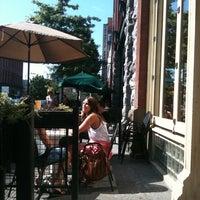 Das Foto wurde bei Belltown Pub von Kimberli G. am 8/6/2011 aufgenommen