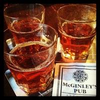 Das Foto wurde bei McGinley's Pub von Lena A. am 9/11/2012 aufgenommen