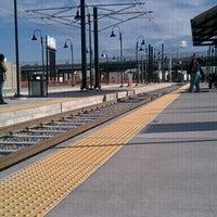 Foto tirada no(a) RTD - Auraria West Campus Light Rail Station por Supovadea em 10/31/2011