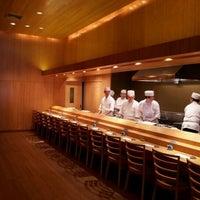 Das Foto wurde bei Sushi Yasuda von Han B. am 1/6/2012 aufgenommen