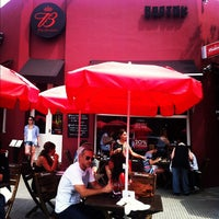 Foto tomada en Bartok Bar por Marcelo Q. el 11/19/2011