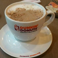 1/1/2012 tarihinde Gani P.ziyaretçi tarafından Dunkin Donuts'de çekilen fotoğraf