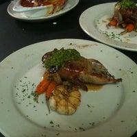 Снимок сделан в Vincent's Italian Cuisine пользователем Marshal H. 9/12/2011