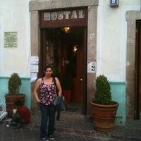 Foto tomada en Hostal del Campanero por Elena A. el 7/21/2011