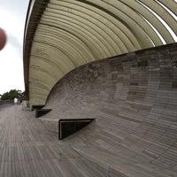 3/10/2012 tarihinde Tony Tin N.ziyaretçi tarafından Henderson Waves'de çekilen fotoğraf