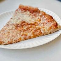 11/8/2011에 Munch On Me님이 T. Anthony's Pizzeria에서 찍은 사진