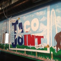 Das Foto wurde bei Taco Joint von Cody T. am 7/4/2012 aufgenommen