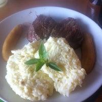 Foto tirada no(a) Nativo Bar e Restaurante por Alessandro M. em 10/15/2011