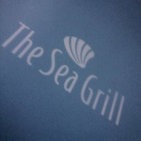 Foto scattata a The Sea Grill da Ahmed S. il 7/31/2012