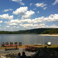 Photo prise au Rocky Gap Casino Resort par Todd P. le7/31/2011