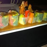 11/19/2011 tarihinde Ricardo L.ziyaretçi tarafından Obba Sushi & More'de çekilen fotoğraf