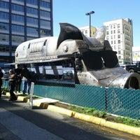 รูปภาพถ่ายที่ Maximus / Minimus โดย Samson เมื่อ 4/2/2012