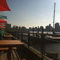 Das Foto wurde bei Anable Basin Sailing Bar & Grill von Kimba am 6/17/2012 aufgenommen