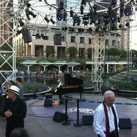 Foto tomada en Grand Performances por Chris T. el 7/2/2012