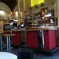 6/11/2012에 Yong-Gu B.님이 Café Daniel Moser에서 찍은 사진