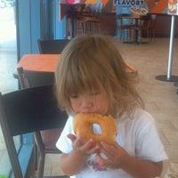 Foto tirada no(a) Dunkin Donuts por Michael S. em 7/23/2012