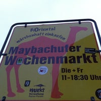 Photo prise au Wochenmarkt am Maybachufer par Nadine le2/21/2012