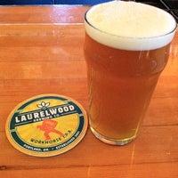 Снимок сделан в Laurelwood Public House & Brewery пользователем Kristine F. 9/4/2011