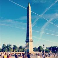 Das Foto wurde bei Obelisk von Luxor von Eric F. am 8/12/2012 aufgenommen