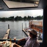 Foto diambil di Cantina Marina oleh Adam W. pada 6/24/2012