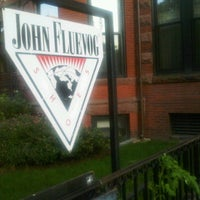 Foto scattata a John Fluevog Shoes da Julie H. il 9/26/2011