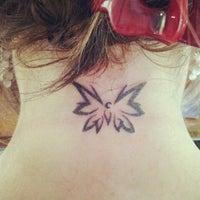 Снимок сделан в Rivington Tattoo пользователем Heather W. 7/23/2012