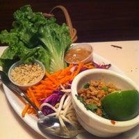 Снимок сделан в Lulu's Thai Noodle Shop пользователем Tim J. 5/3/2011