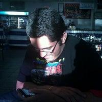 8/23/2011 tarihinde Tony C.ziyaretçi tarafından Las Pupusas'de çekilen fotoğraf
