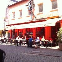 Foto tirada no(a) Milia's Coffee por Nino em 6/4/2011