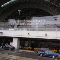Photo prise au Aéroport international Sabiha-Gökçen (SAW) par Mirac B. le3/30/2012