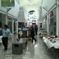 Foto diambil di Galería Del Calzado oleh Serginho I. pada 7/17/2012