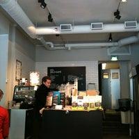 2/12/2011 tarihinde Ossi H.ziyaretçi tarafından SIS. Deli + Café'de çekilen fotoğraf