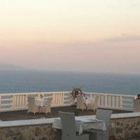 Foto tirada no(a) Kivo Art Hotel & Suites Skiathos por Katerina X. em 9/6/2012
