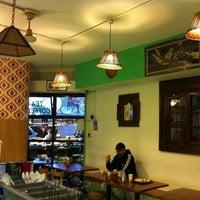 Foto diambil di Makan oleh Madir M. pada 11/12/2011
