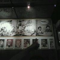 Das Foto wurde bei Bar Genial von Renata M. am 11/13/2011 aufgenommen