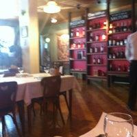 Foto tirada no(a) Churrascaria e Galeteria Ipiranga por Douglas C. em 1/4/2012